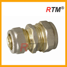 Brass forged reducing straight connector for pex-al-pex