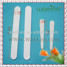 Long cosmetic plastic spatula for waxing