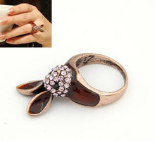 PR011 Fashion vintage cute rabbit ring,alloy rhinestone rabbit ring