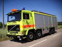 استخدمت شاحنة النار - فولفو F12 8X8