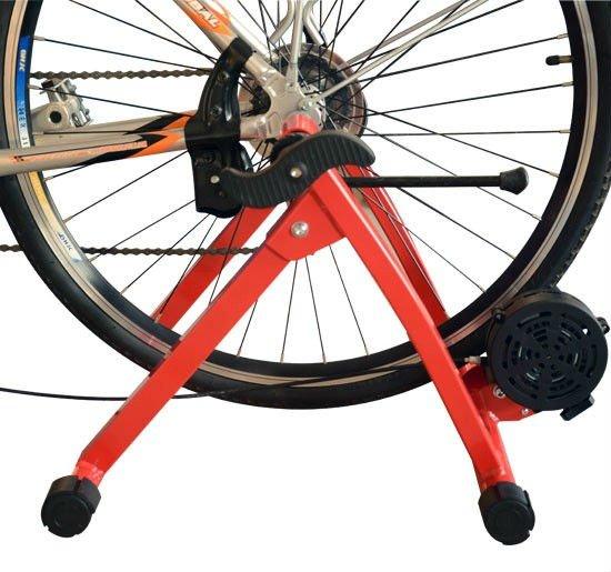 Entraîneur stationnaire d'intérieur magnétique de vélo