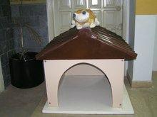 """Fibreglass Dog House"""""""