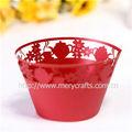 Un design créatif! Artisanat en papier découpé au laser rouge théière wrappers cupcake décorations de noël à la main en dentelle