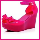 LADIES&#39; JELLY FOOTWEAR