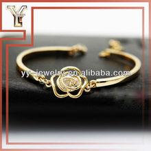 Zircon & Gold Flower Bracelet Bangle