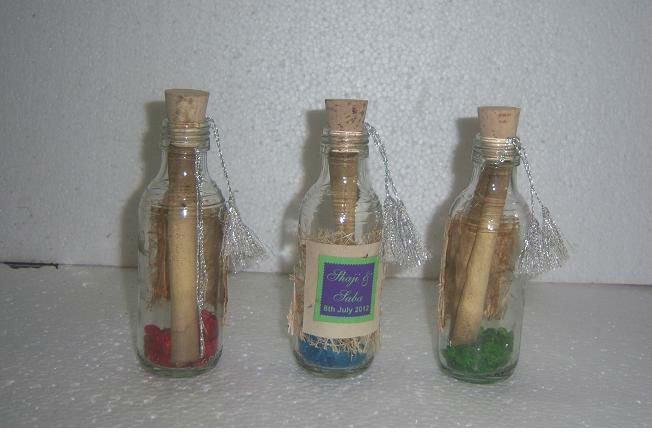 Tarjetas de invitación en botellas de vidrio - Imagui