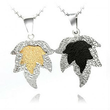 Fashion 2013 new couple jewelry maple leaf lover stainless steel necklace