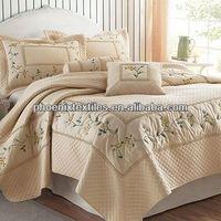 Yantai phoenix hot selling flowers printing bed comforter set