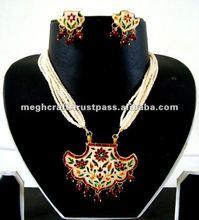 Designer Pearl jewelry - Meena jewellery - imitation jewellery - indian ethnic artificial jewelry - Thewa jewellery set