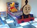 ابتسامة وجه 955-01 الأزرق توماس غرفة بسرير واحد مع الدرج