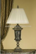 hotel decorative polyresin table lamp tulip