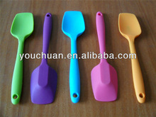 OEM promotional eco-friendly silicone kitchenware set silicone utensil manufacturer