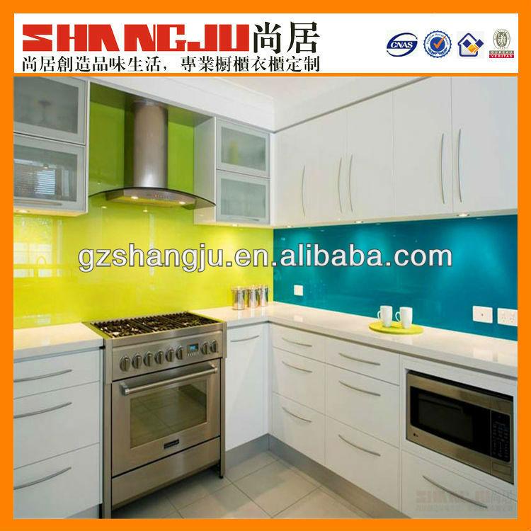A131501 nieuwe moderne twee kleuren keuken kasten met fornuis eiland prachtige stijl keuken - D co keuken ...