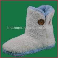 BH095544 white coral fleece with buuton fleece boot