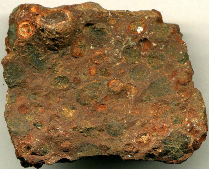 Bauxite ore, Iron ore