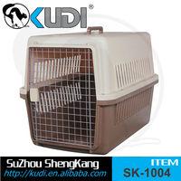 LOW MOQ plastic handle pet carrier with wheel, plastic dog crate kennel, walking pet carrier, for carry pet convenient