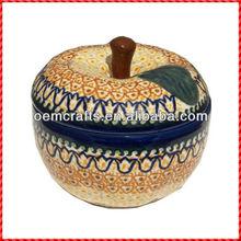 Wholesale Porcelain Unique Apple Shaped Ceramic Baker