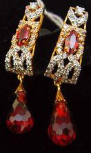 Garnet 22kt gold Earring
