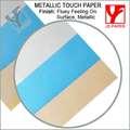 tacto metálico de papel