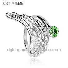 2013 Stylish Design Girls Rings With Grass Green Diamond, Made In China