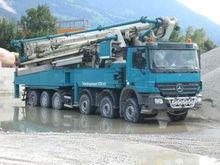 montata camion pompa per calcestruzzo