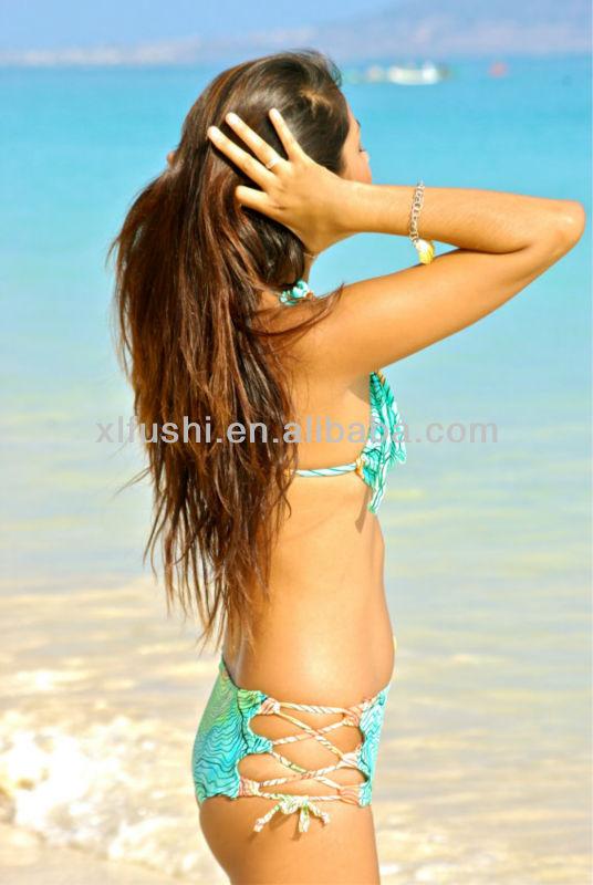 Bikini joven sexy caliente