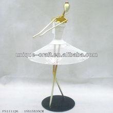 Metal craft sample of wedding souvenirs