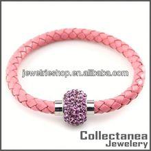 Top Charm Bracelet Stainless Steel Fashion Magnetic Bracelet Heart Leather Bracelet