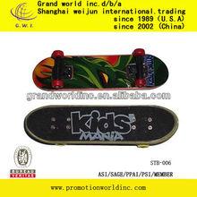 mini skate board