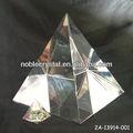 Noble cristalino grande pirámide