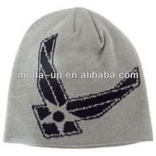 Cheap men's jacquard knit hat for promotion