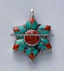 New Arrival - Stone flower Pendant