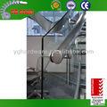 la estructura de acero de vidrio paso escaleras