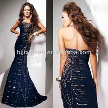 Best Selling Sleeveless Off-shoulder Beaded Long Hong Kong Evening Dress Wholesale