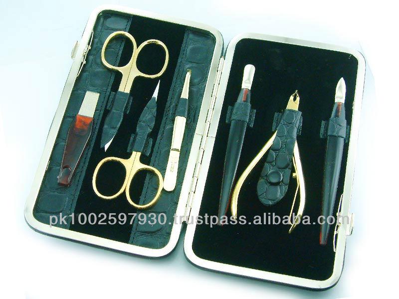 Top Quality Manicure Pedicure Set,Manicure Set Golden Plated,Beauty Care Instruments
