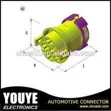 auto connector 4P male
