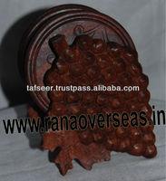 Wooden Grape Style Coaster