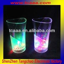 2013 fashion Led flashing cup- 370ml plastic vase cup