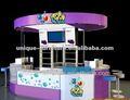 Noël utilisé la crème glacée vitrine, kiosque mobile pour la vente