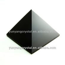piedra de cristal pirámide de obsidiana negro para el presente
