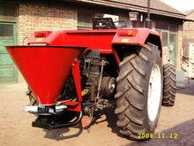 salt spreaders for tractors