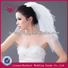 Sparkling Beads Short white bridal veil comb For Wedding
