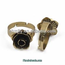 Gros nouvelle arrivée en forme de fleur anneau matière première pour la fabrication de bijoux PB-J120226