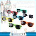 marca nuevo y barato de plástico gafas de sol en a granel