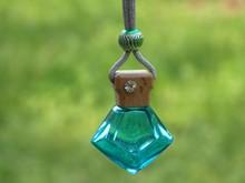 Diamond Perfume hanging Bottle for car air freshener