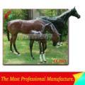 atractivo realista de fibra de vidrio de carreras de caballos