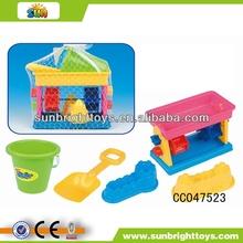Mini sand beach toys play set