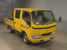 TOYOTA DYNA DOUBLE CAB TRUCK / 2KD ENGINE