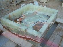 onyx bath tub