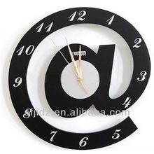 Decorativo lados dobles del reloj de pared del reloj de piezas